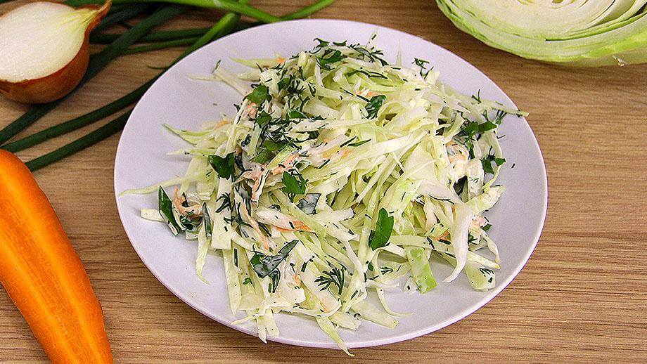 салат из капусты с морковью луком и майонезом